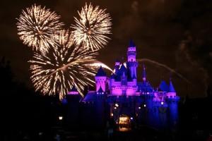 disneyland-castle-fireworks