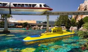 Disneyland-Finding-Nemo-Submarine-Voyage_55795212-560x332