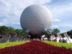 600-spaceship-earth3